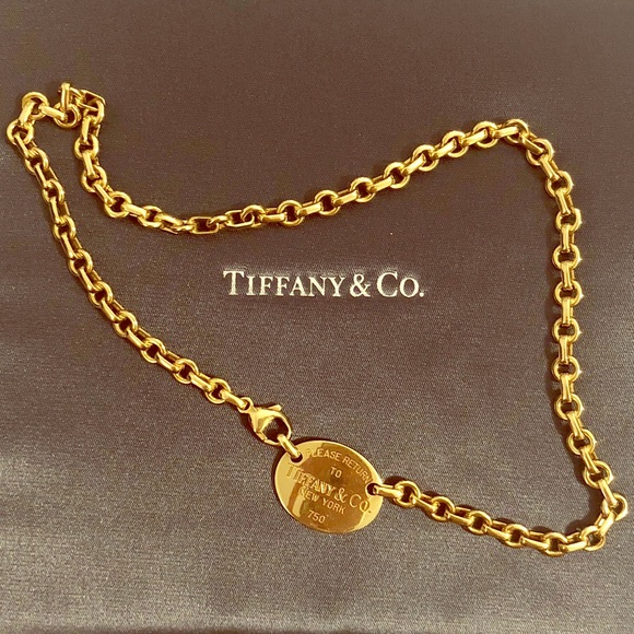 bf55b090a Return to Tiffany & Co. 18k Gold Oval Tag Choker. M_5b899dbb800dee58475d7d3b